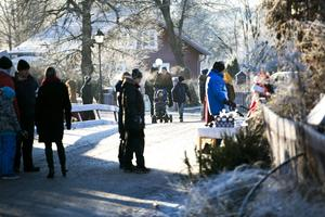 Huvudstråket ned mot Carl Larsson-gården var välbesökt.