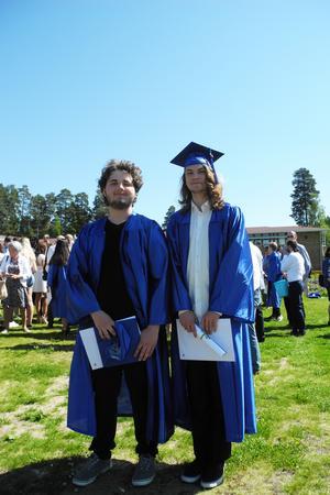 Christian och Måns är nöjda med sina år på Internationella Engelska skolan och säger att den här skolavslutningen kommer de alltid minnas.