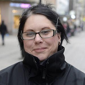 Anna-Maria Gisslén, 40år, lokalvårdare Sundsvall   – Det måste hända mer på torget - fler stånd