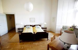 Enkelt men fint. Här ska kronprinsessan Victoria och Daniel bo när de gästar Örebro slott.