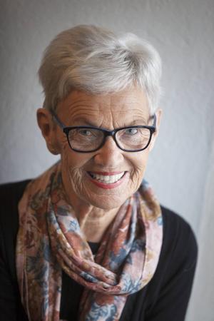 Ulla Englsperger har släppt sin debutbok