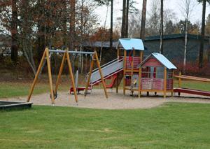 Kommunens lekparker behöver en översyn, anser Eva-Britt Boij i ett medborgarförslag.