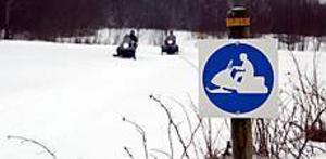 ARKIVBILD Farliga fordon. Snöskoterolyckorna har hittills i vinter krävt elva dödsoffer. Nu vill Snofed, Sveriges  snöskoterägares riksorganisation, verka för större säkerhet.