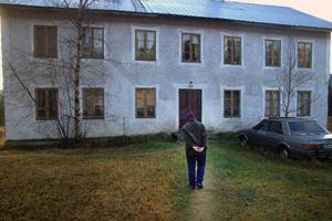 Det är ett mycket stort hus som Göta och Göran Olsson bebor i Selet.