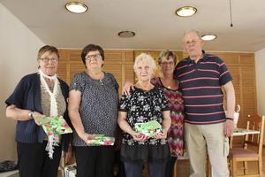 Ingrid, Barbro, Anita, Anna-Stina och Henry.   Foto: Åke Johansson