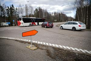 I Söderala hade skyltarna både kastats bort och vänts på vilket drabbade flera trafikanter.