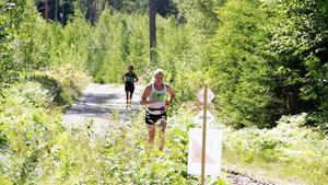 Fagerstaborna Jessie Ahlkvist och Carolina Johansson deltog i halvmaran längs Bruksleden förra året. Till i år har tävlingen växt och innehåller tre olika lopp; långa, halvan och kortan. Tävlingen körs på lördag.