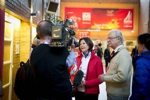 SVT hade sitt Året-med-kungafamiljen-team på plats i Falun. Resultatet får vi väl se runt nyår.