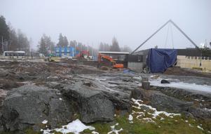 Hösten 2022 ska allt vara klart och den kommunala jätteinvesteringen, som simhallen är, färdig att ta i bruk.