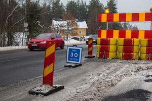 Den temporära hastighetssänkningen på riksväg 50 väckte starka reaktioner.