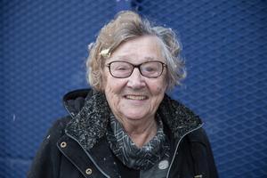"""Birgitta Rickman, snart 80 år, pensionär, Centrum: """"En vit jul, för barnens skull."""""""