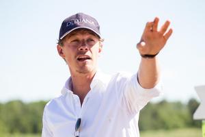 Ludwig Svennerstål har fått bästa möjliga start på sitt första SM i Sverige sedan 2011.