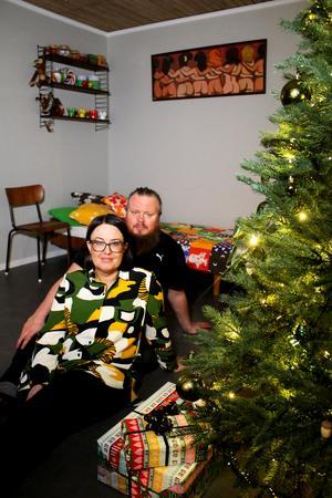 Johanna och Henrik Lundgrens hem tog hem titeln Västmanlands mysigaste hem i tidningen Villalivet.