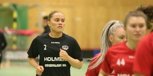 Annie Perås gjorde 2+1 poäng mot Roslagsalliansen.