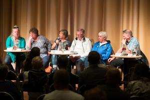 Representanter för V, S, MP, C, L och M fanns på plats i Futurum för att svara på Järnabornas frågor.