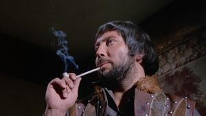 Robert Russel i rollen som sexualsadisten John Stearne. Foto: NonStop Entertainment