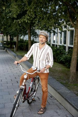 Tomas Bannerhed på sin norska DBS, som antingen står för