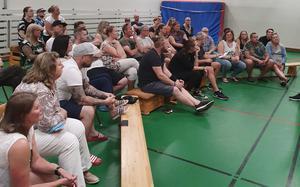 Engagemanget från Medåkersborna är stort. Sara Hallström säger också att en av fördelarna med Medåker är ortens starka gemenskap och engagerade idrottsförening och föräldraförening.
