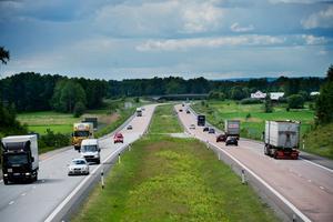 Låte motorvägen fortsätt hela vägen  till Göteborg.