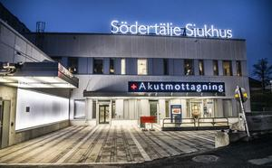 Entrén till akutmottagningen på Södertälje sjukhus. Foto: Tomas Oneborg/TT