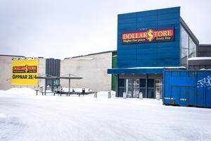 I april öppnar Sportringen intill Dollar store.