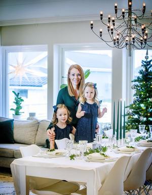God jul önskar familjen Törnqvist  i Mosås.