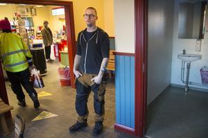 I den tidigare väntsalen fanns en vägg mot kiosken. Då eldades det bland annat inomhus, enligt Pontus Öhman.