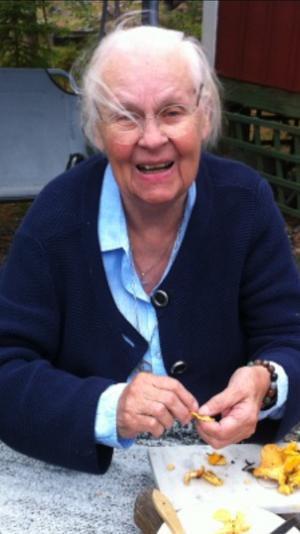 Syster Ing-Britt Bergholtz blev 90 år.