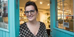 Tiina Magnusson, frisör och ägare av Salong Aqva i Västerås samt grundare till Facebook-gruppen