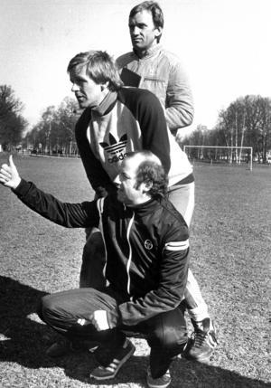 Janne Holmberg, Ulf Jansson och på knä Agne Svärd. Opes ledartrojka 1982.