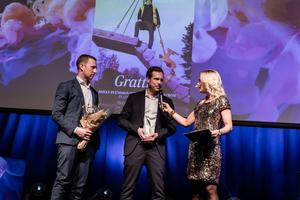 Håkan Övferström och Johan Svensson på Lindesbergs Bygg AB tog emot priset vid Gasellgalan i Karlstad. Foto: Pax Engström/Di Gasell