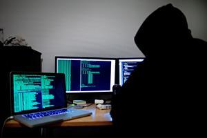 Få lösenord vid inkloggning är som att bjuda in hackare.Foto: Thomas Winje Øijord / Scanpix