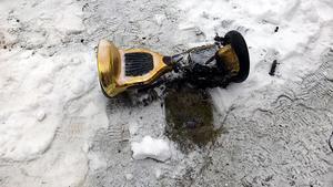Foto: Brandkåren, Leksand.Även i Leksand har en hoverboard brunnit. Branden som skedde i februari 2017 spred sig till en soffa men två tonåringar lyckades  begränsa branden tills räddningstjänsten anlände.