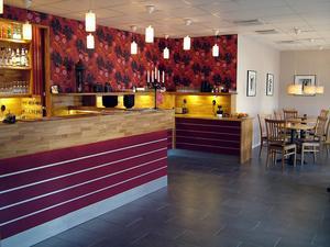Under 1980-talet byggde kommunen ut hotellet. Från början var denna del lunchmatsal.