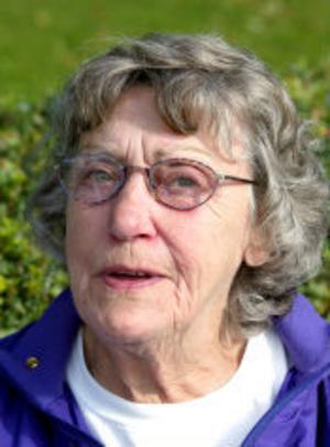 Ruth Söderberg, pensionär, Sundsvall:— Nej, jag ska inte rösta. Jag har varit sjuk i 30 år och min ekonomi är slut, så jag har gått ur kyrkan.