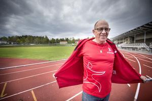 Lars Nordström från Strands IF friidrottssektion gör debut som tävlingsledare för Blodomloppet i Hudiksvall i år.