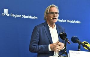 Chefläkare Johan Bratt under Region Stockholms presskonferens gällande Covid-19 situationen i länet. Foto: Claudio Bresciani