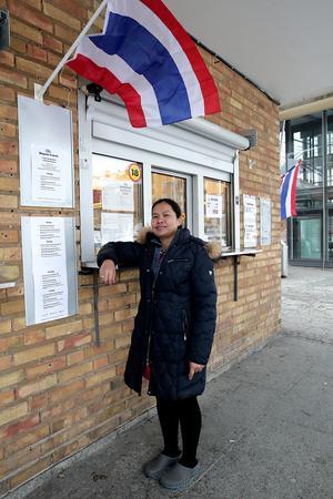 Stationskiosken i dess nya regi kommer att ha öppet sex dagar i veckan, upplyser Wattana Ottenhag.