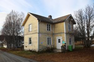 """Det så kallade """"Gula Huset"""" i Pilgrimstad har hittills fått tre bud, men alla under utgångspriset som är  250 000 kronor."""
