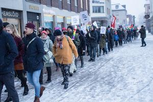 Women´s marsch i Falun, en av dem som ordnas i flera länder och städer på Internationella kvinnodagen.