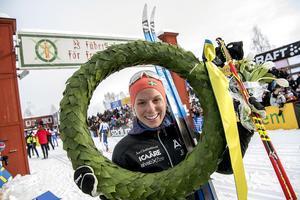 Lina Korsgren strax efter målgången i Mora Foto: TT