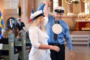 Duktiga dansare som fick de att se lätt ut att dels dansa, dels göra det inför en fullsatt kyrka.