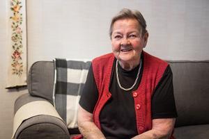 Frida Hansdotters mormor Gunborg är oerhört stolt över sitt barnbarn.