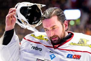 Jhonas Enroth i Örebrotröjan förra säsongen. Foto: Ola Westerberg/Bildbyrån.