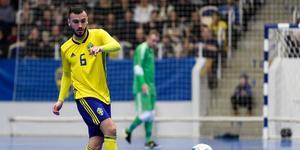 Landslagsmannen Albert Hiseni tillhör numera ÖSK Futsal efter en tid som klubblös. Foto: Jörgen Jarnberger