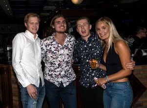 Anton Nordstrand, Eric Björk, Lucas Bohlin och Evelina Andersson var på plats i god tid.