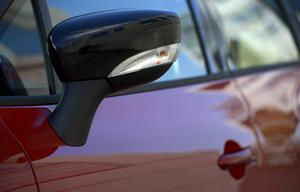 Bilar är utrustade med blinkers. Vilket insändarskribenten gärna upplyser om. Foto: Foto: Janerik Henriksson/TT