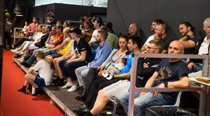 Mycket folk hade samlats för att se finalerna.