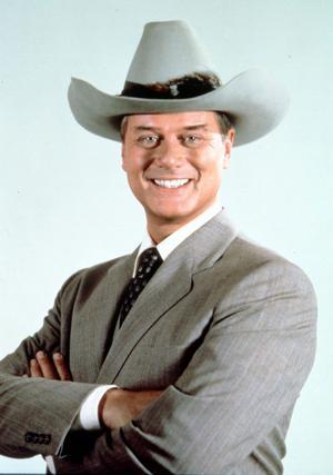 Så här minns alla svenskar som levde på 80-talet Larry Hagman. Som den intrigerande JR Ewing.