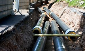 Fjärrvärmeutbyggnaden har bidragit till en kraftig reducering av oljeberoendet.